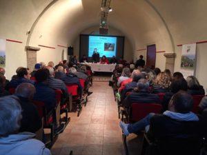 """Campo di Giove (Aq), sala conferenze di Palazzo Nanni. Un momento della presentazione della lista civica """"La locomotiva"""" in vista delle elezioni comunali dell'11 giugno 2017"""